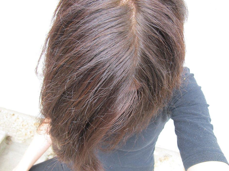 Cheveux teintés au henné