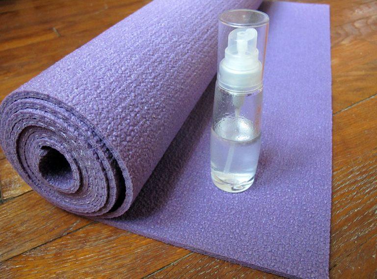 spray nettoyant tapis de yoga